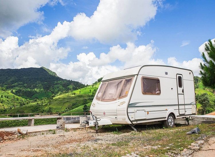 Find Caravan Insurance Brokers – Learn How They Can Help Save Money